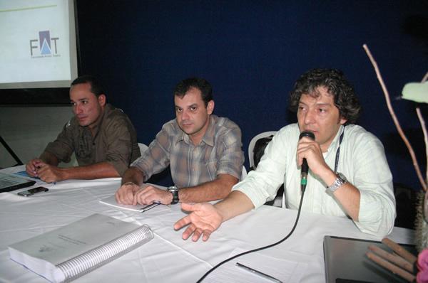 Professores Anderson Souza, Cláudio Sérgio Cerqueira e Fernando Bulhões