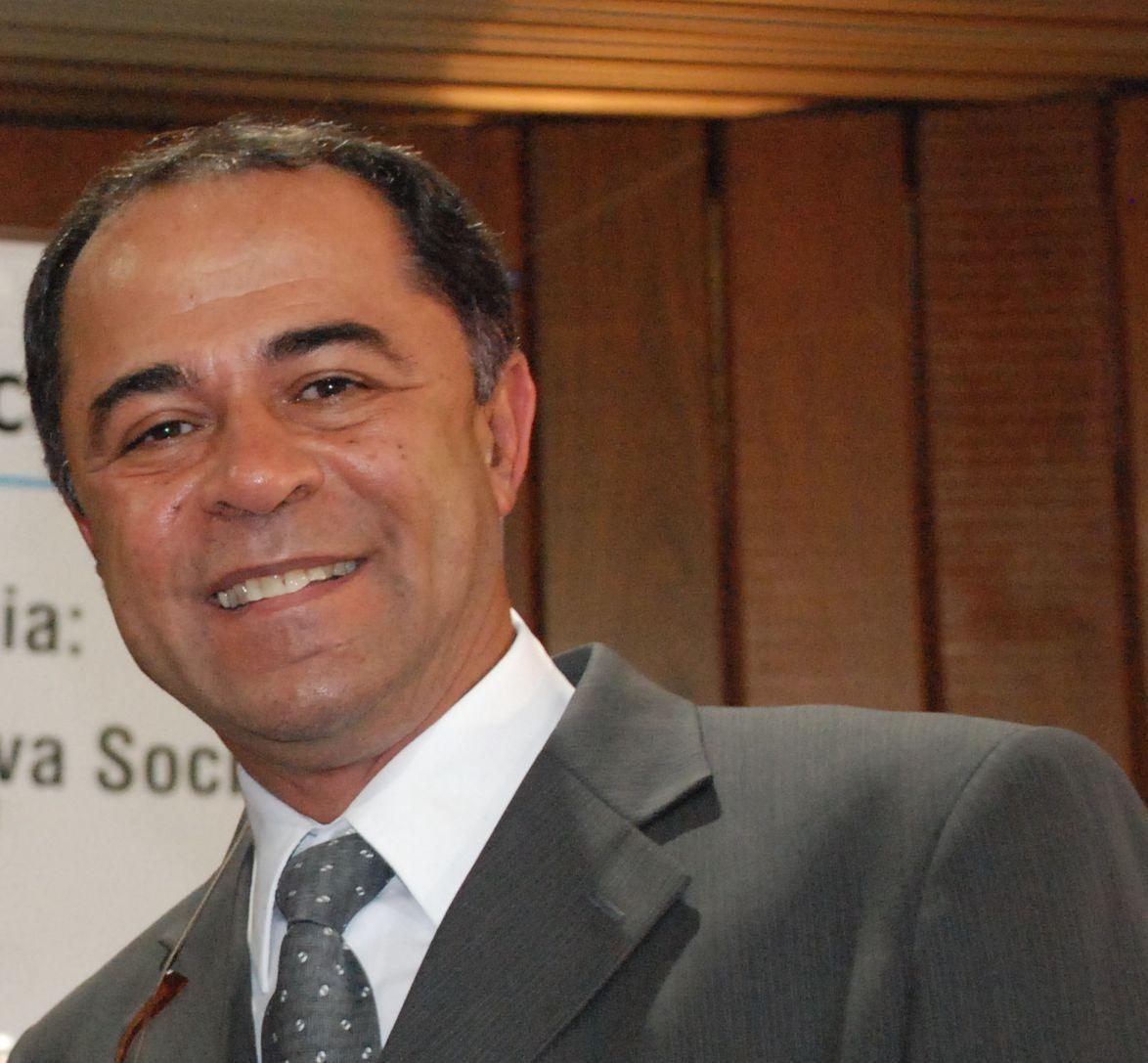 Diretor Geral - Prof. Antonio Walter Moraes Lima
