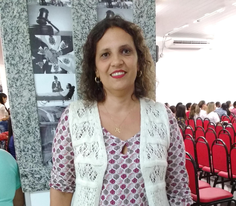 Profª Patrícia Freitas Martins e sua pesquisa sobre Trabalho & Maternidade.