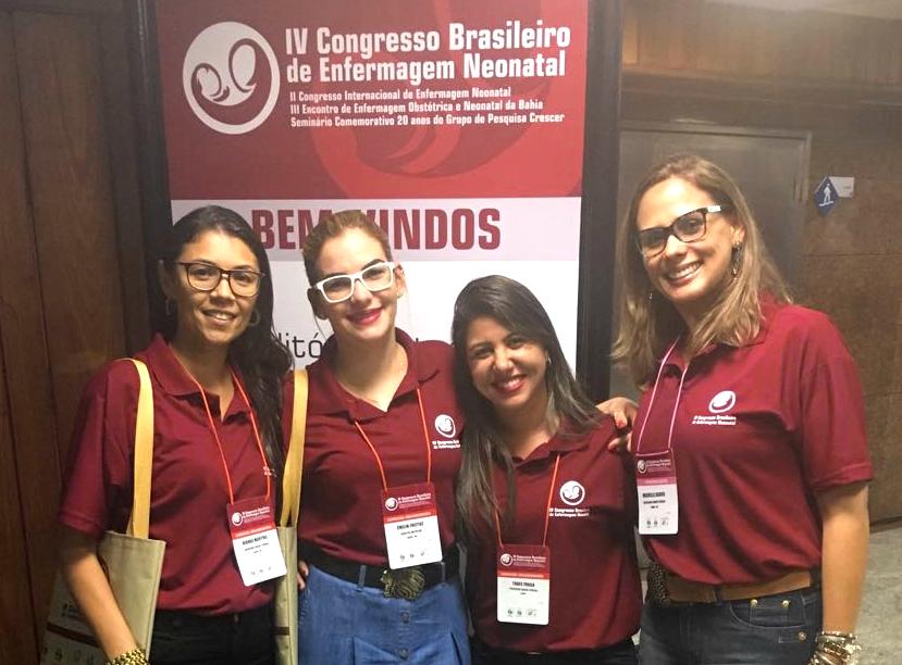 Egressa de Enfermagem da FAT, Thaís Fraga e pesquisadoras.