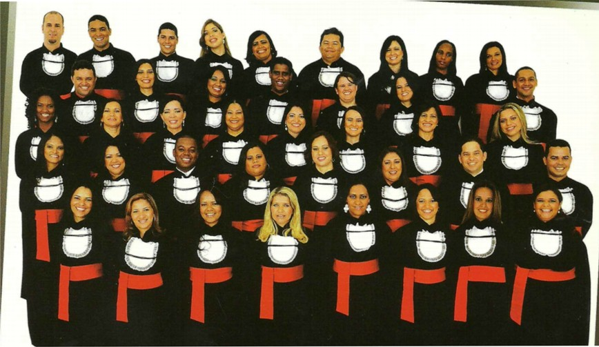 Formandos em pose para o convite da formatura. Foto: Fotoplay
