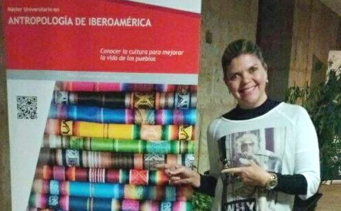Profª Kelly Alves na Universidade de Salamanca, uma das mais antigas do mundo.