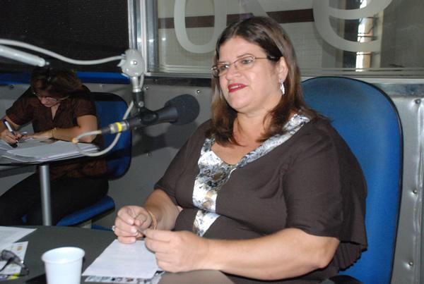 Profª Marly Caldas - Coordenadora dos Cursos de Comunicação da FAT