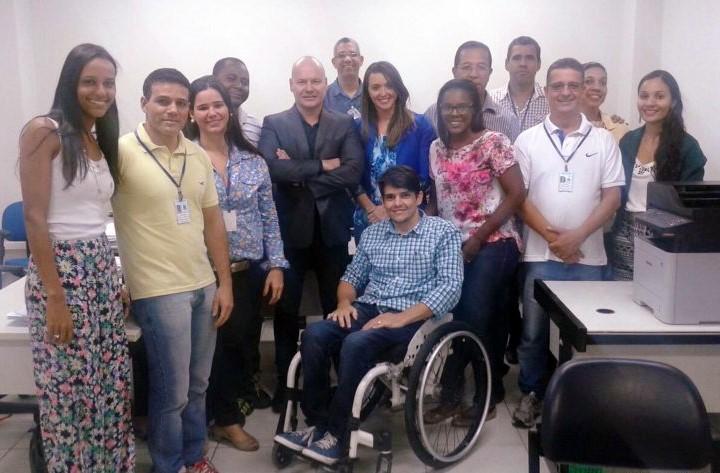 O Juiz Cláudio Pantoja e equipe da 3ª Vara de Juizados Especiais - FSA