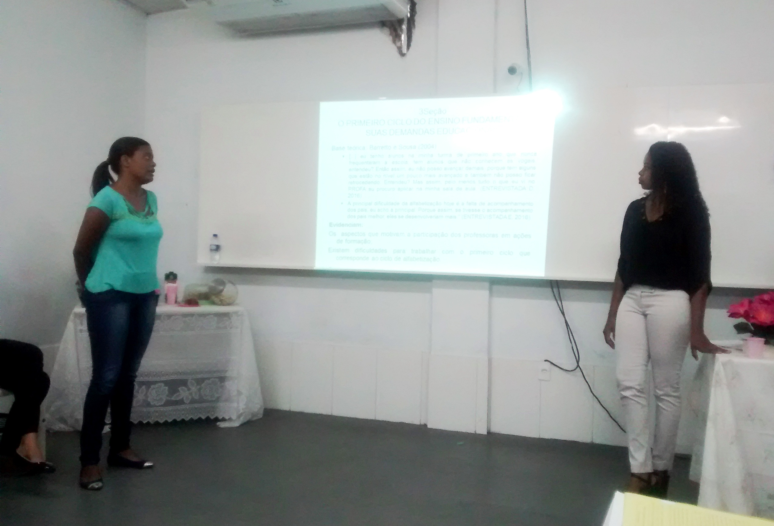 Estudantes de Pedagogia da FAT vivenciaram a experiência de apresentar o TCC.