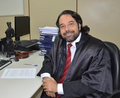 Professor, escritor e juiz do Trabalho, Doutor Rodolfo Pamplona.